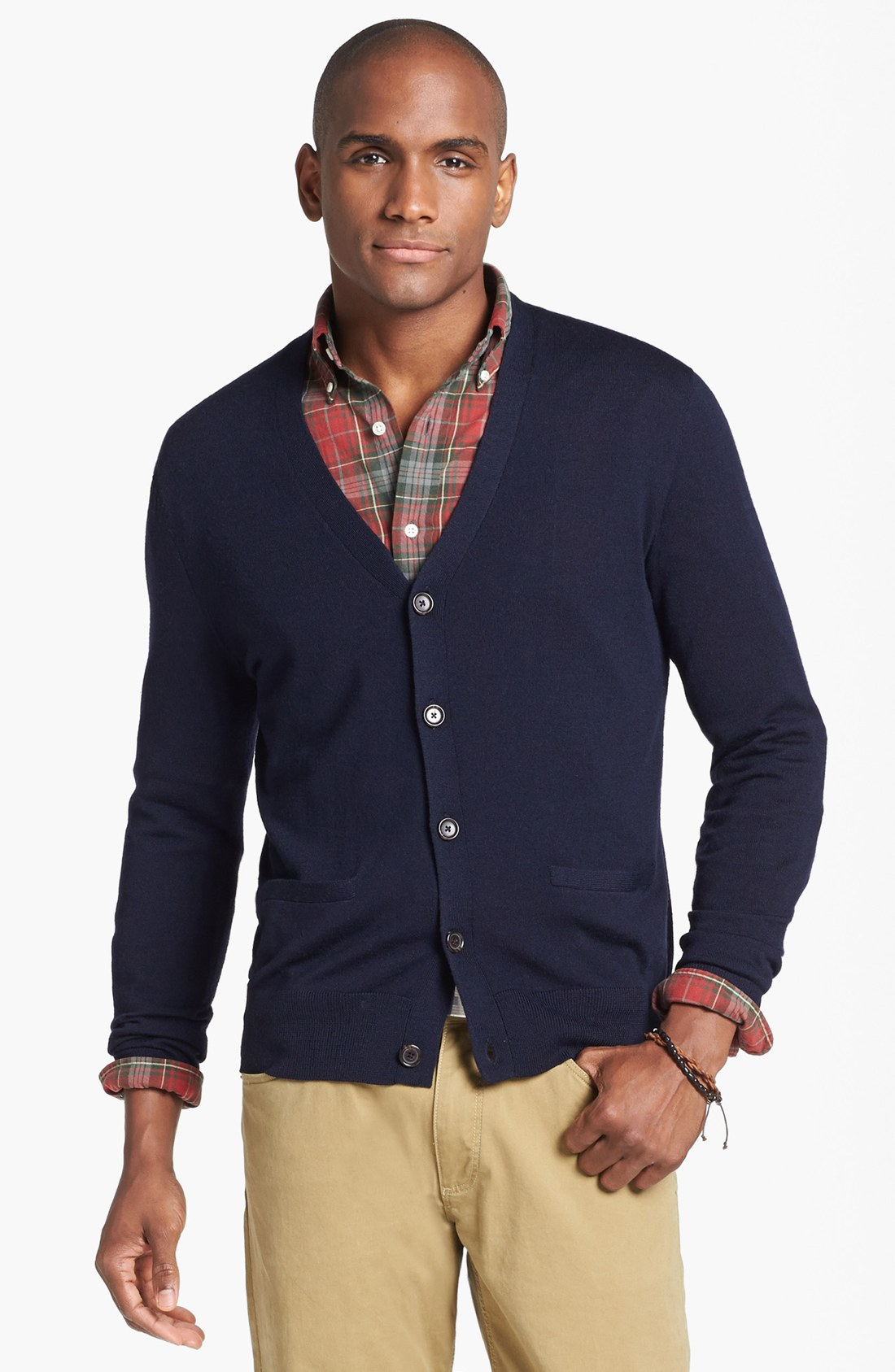 From button down cardigans that exude cool comfort to collared sweaters made for your preppy lifestyle, the Polo Ralph Lauren men's collection features your go-to fashion favorites. The All-American guy deserves an All-American sweater.