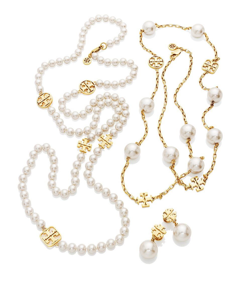 3088f2493b0432 Tory Burch Evie Logo Chain Rosary in White - Lyst
