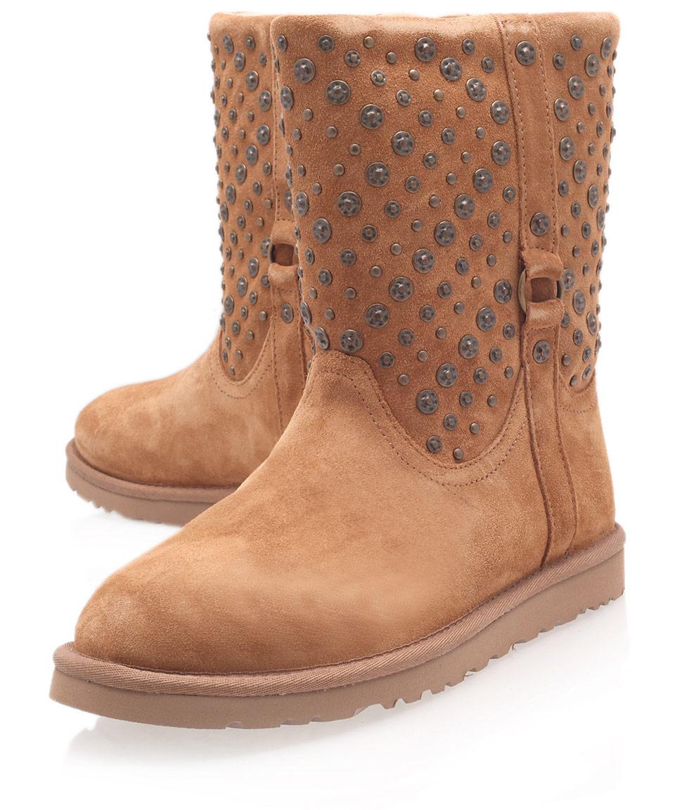 ugg chestnut eliott studded sheepskin boots in brown lyst