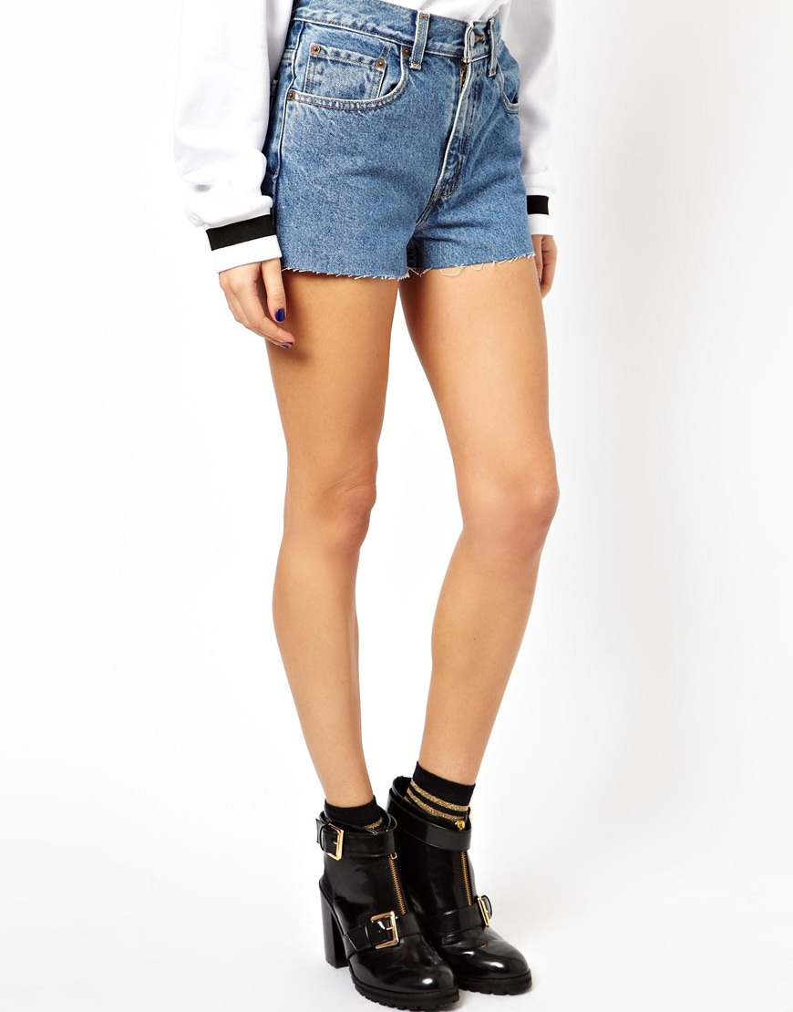 c47b17764c ASOS Reclaimed Vintage Levi 550s High Waisted Shorts in Blue - Lyst