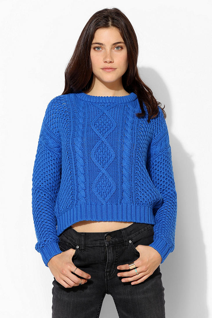 Urban outfitters Cable Knit Cropped Sweater in Blue | Lyst