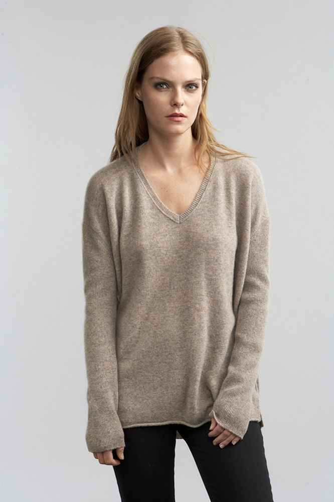 Velvet by graham & spencer Chrissa Cashmere Boyfriend Sweater in ...