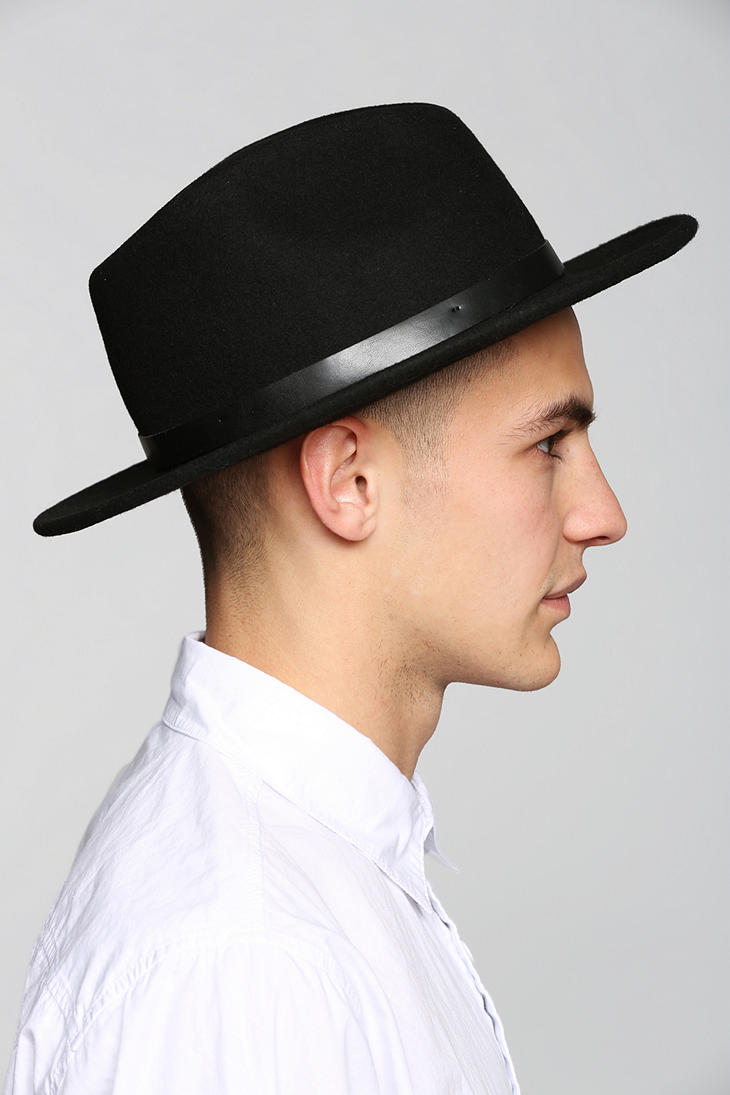 42bd83f569d Gallery. Previously sold at  Urban Outfitters · Men s Team Hats ...