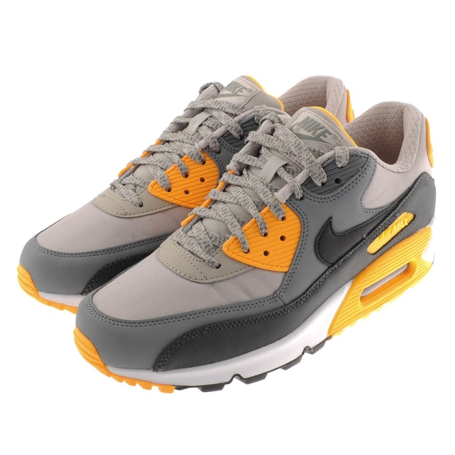 Nike Air Max 90 Essential Trainers Pale in Gray for Men (Grey) | Lyst