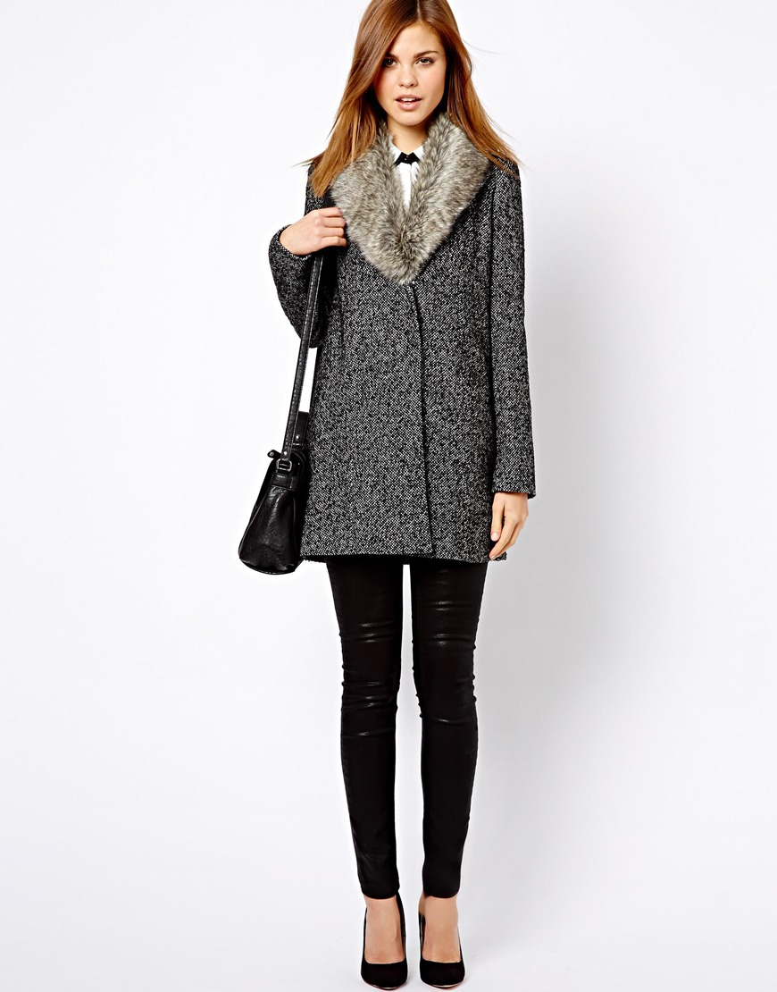 Warehouse Faux Fur Coat - Tradingbasis