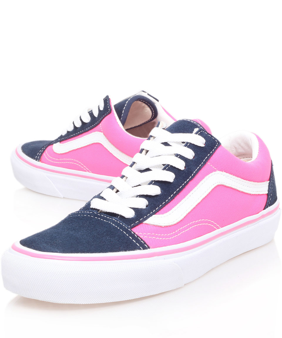 2019 year for girls- Shoes Vans pink and blue