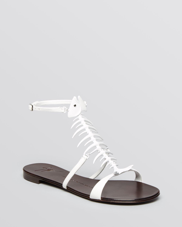 28ad469dfee0f6 Lyst - Giuseppe Zanotti Flat Sandals Birel Fish in White