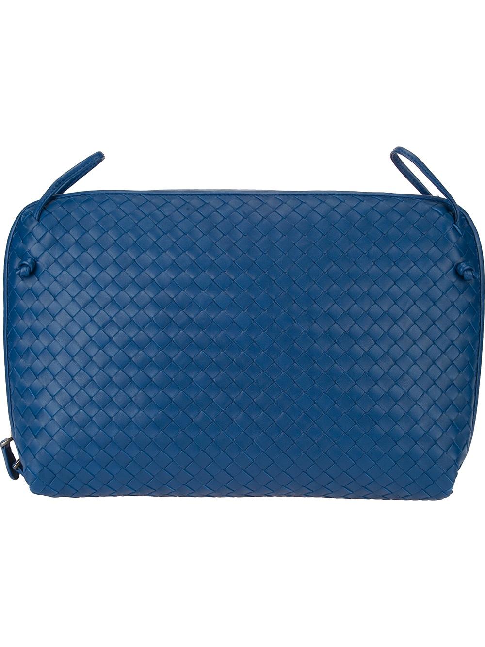 8369e060d61 Bottega Veneta Intrecciato Laptop Bag in Blue for Men - Lyst