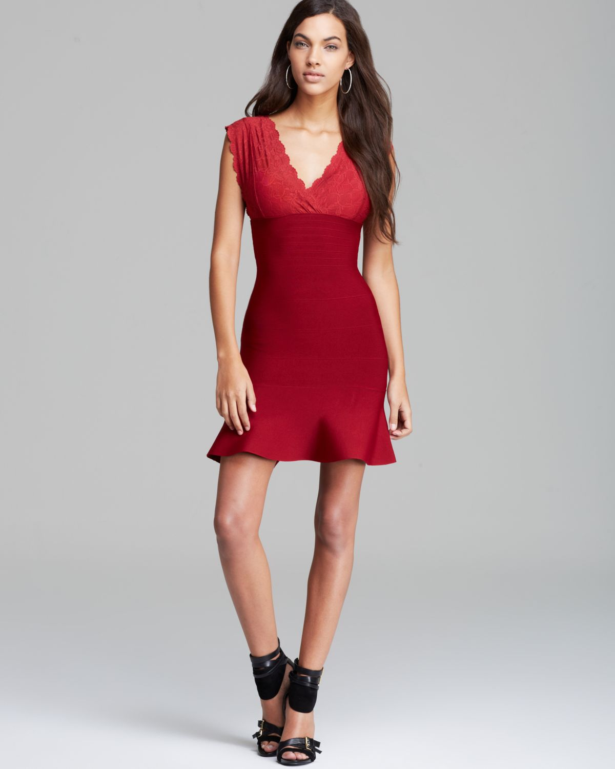 422775d9f6 Guess Dress Lace Bandage Mix in Red - Lyst