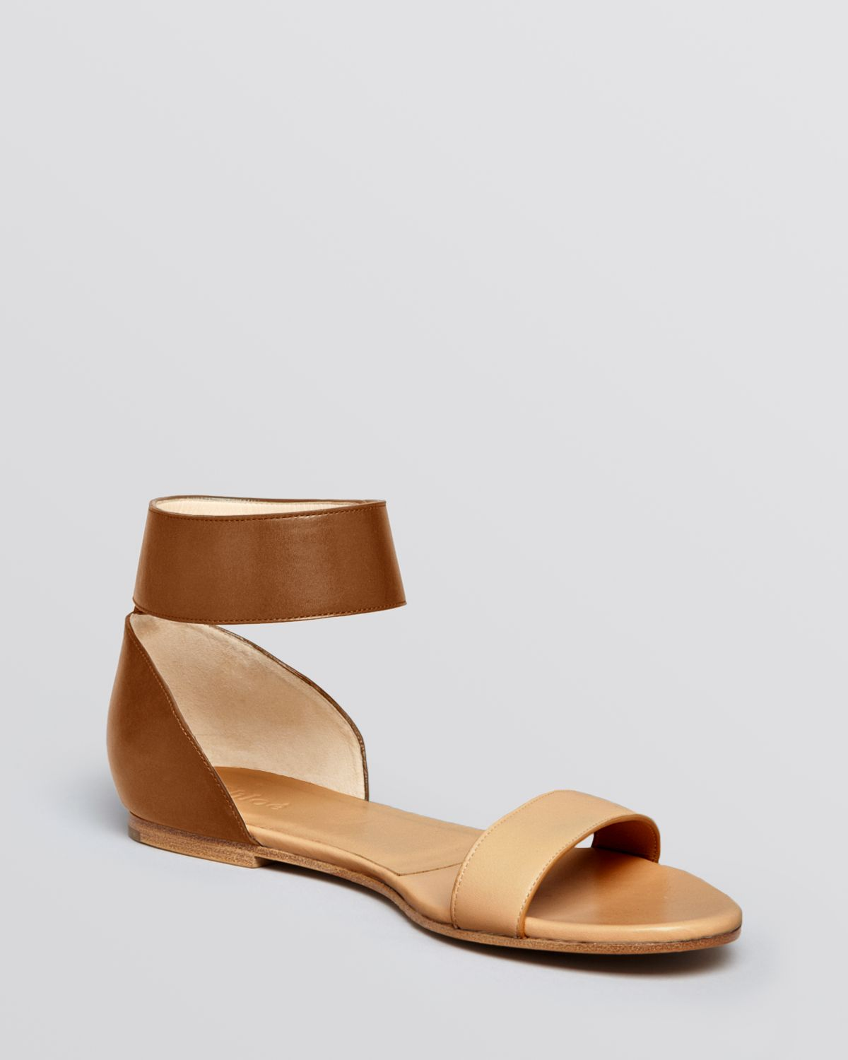6726e255ca6c Lyst - Chloé Flat Sandals Taffy Ankle Strap in Brown