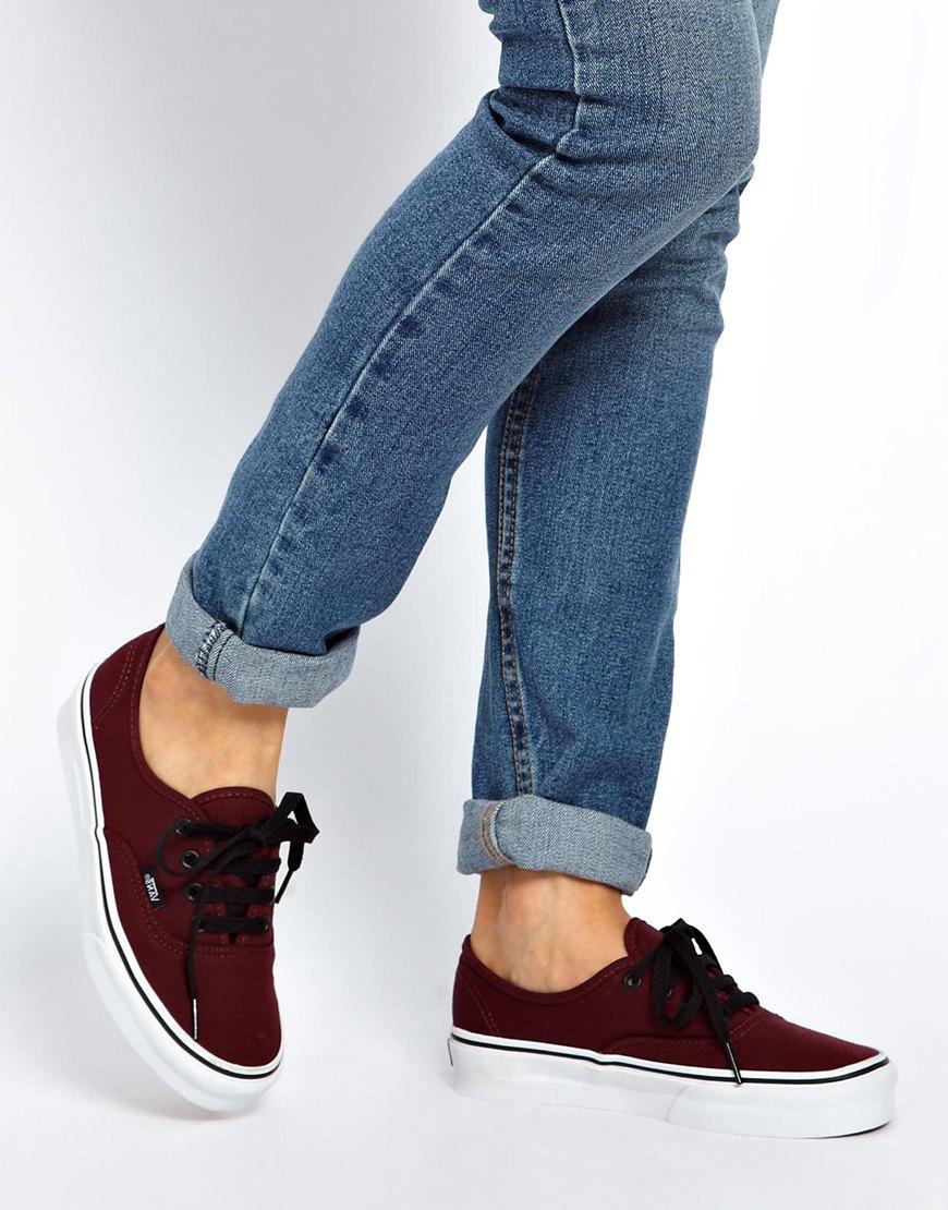 Ladies Black Leather Vans Lace Up Shoes