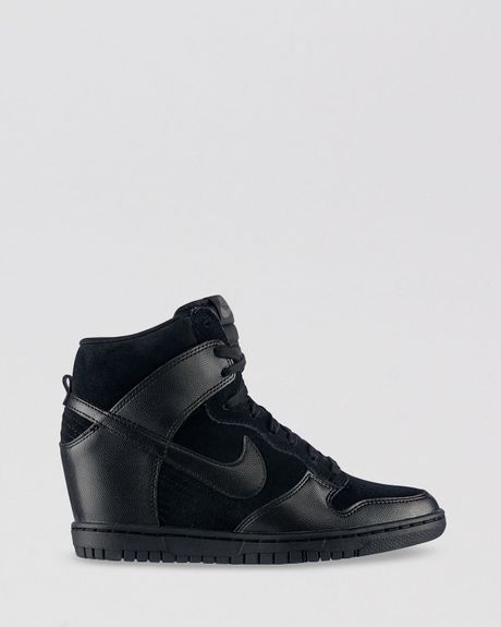 nike high top lace up sneakers womens dunk sky hi in black