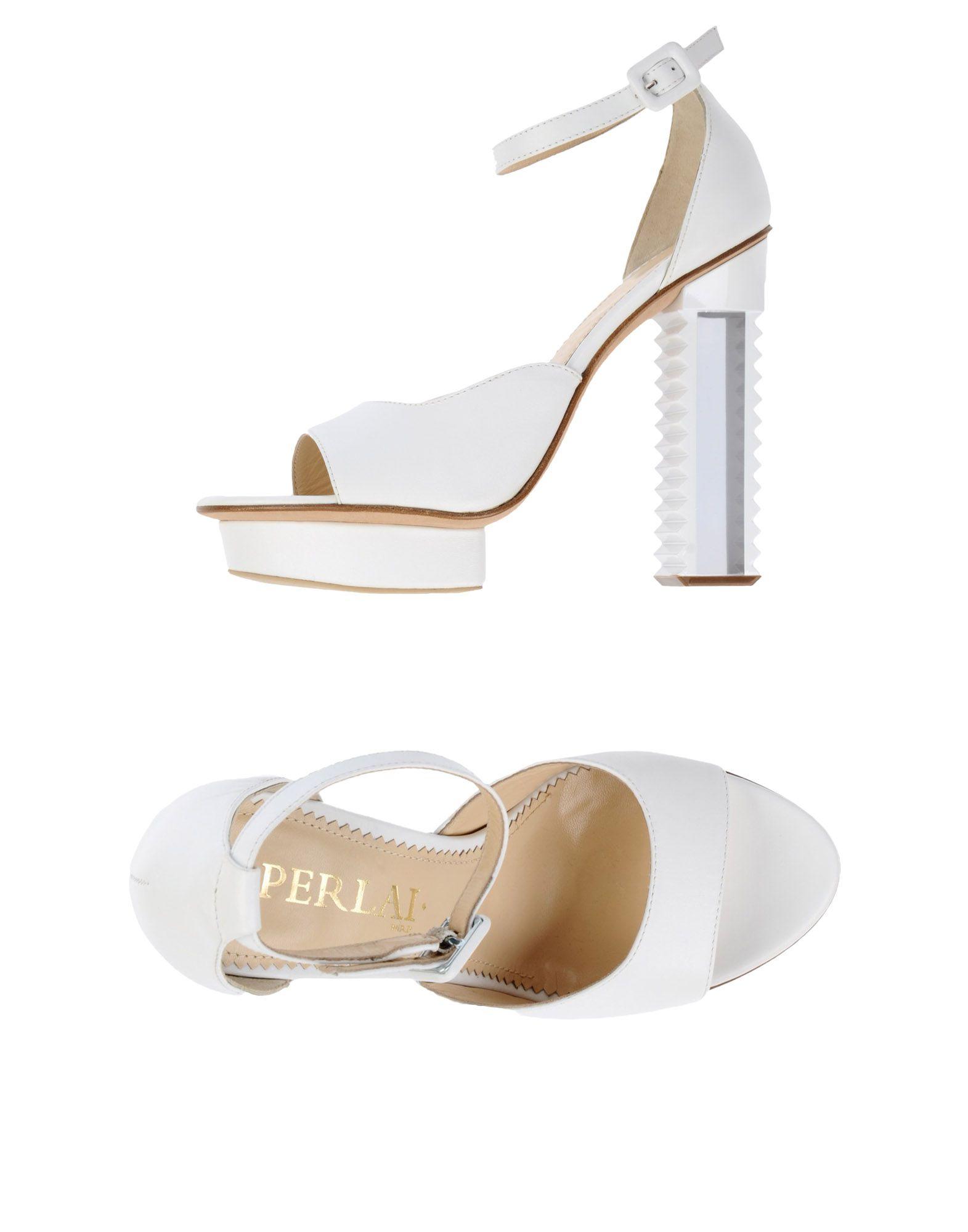 Aperlai White Shoes