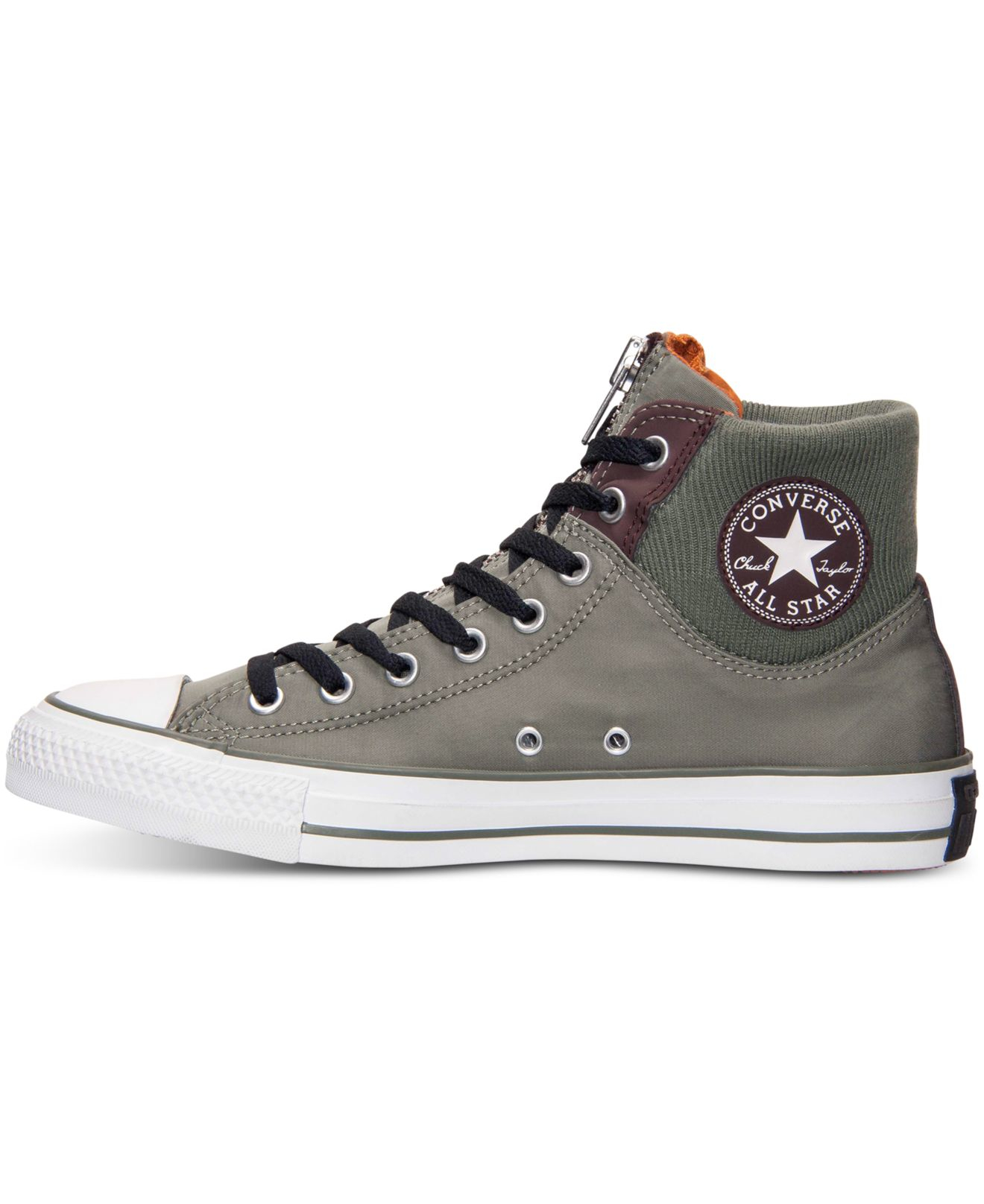 converse black single men Black and white converse classic, black and white, lace-up sneakers are easily identifiable as converse the style is not only one that everyone knows, it's also one that every man should own.