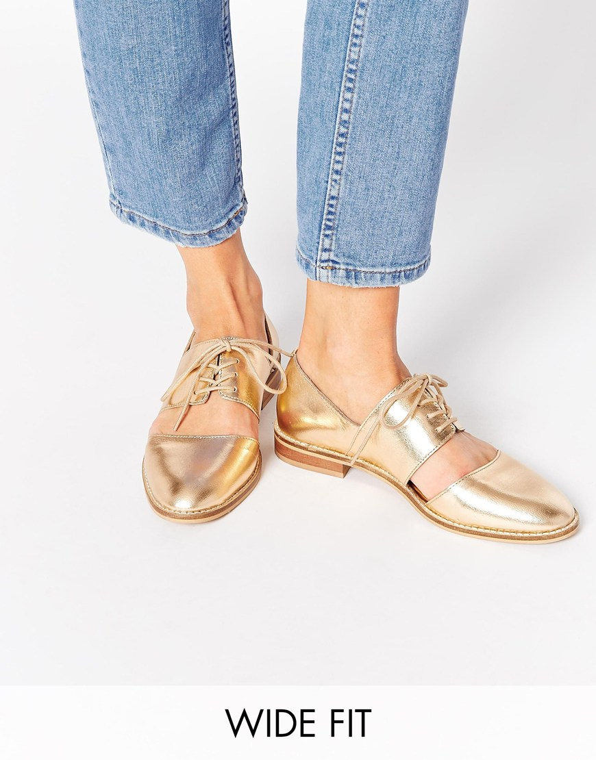 a688af36c2c5 ASOS Marcie Leather Wide Fit Flat Shoes in Metallic - Lyst
