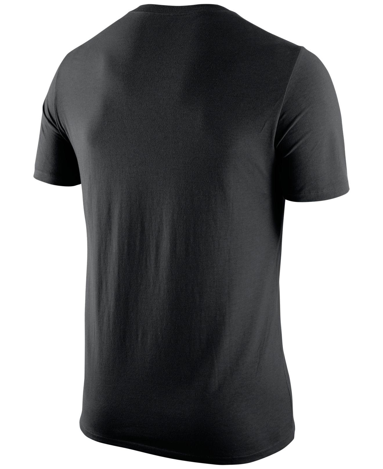Nike Men 39 S Georgia Bulldogs Campus Elements T Shirt In