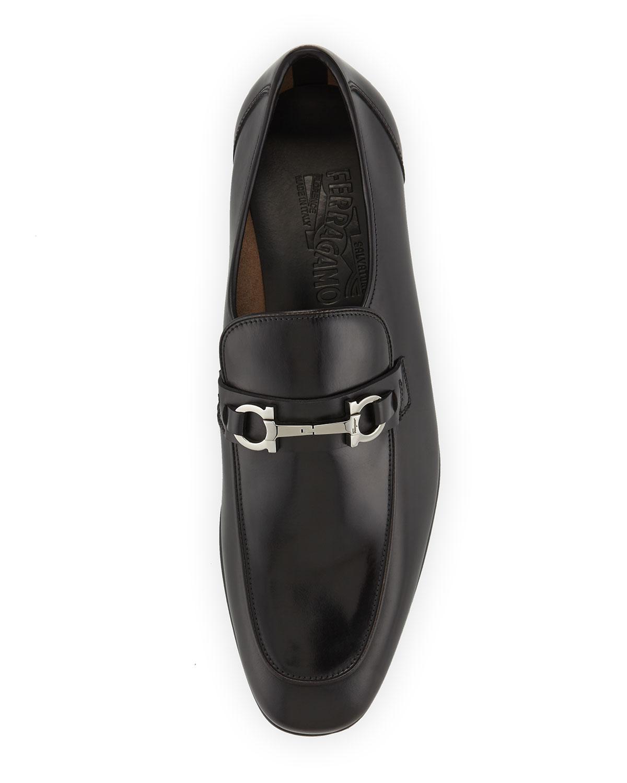 pavia men Shop men's eddie bauer signature clothing and accessories 100% satisfaction guaranteed since 1920.