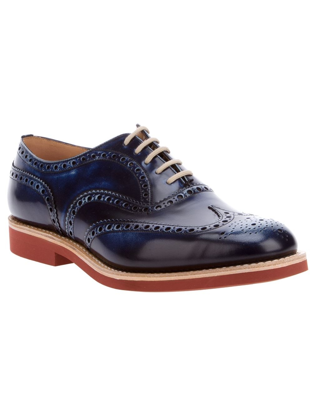 Discover Dune London's range of men's brogues. A wear-with-anything style that will easily take you from the office to the bar. The classic wardrobe staple and a must have for the season. Give your classic Oxford, Gibson or Derby styles a modern twist with burnished details, color pop soles or.