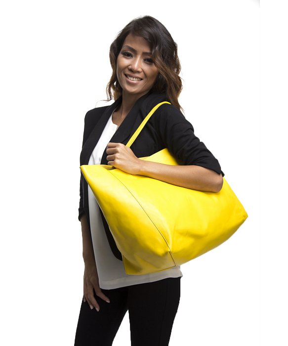 C¨¦line Pre-Owned Yellow Horizontal Cabas Tote Bag in Yellow | Lyst
