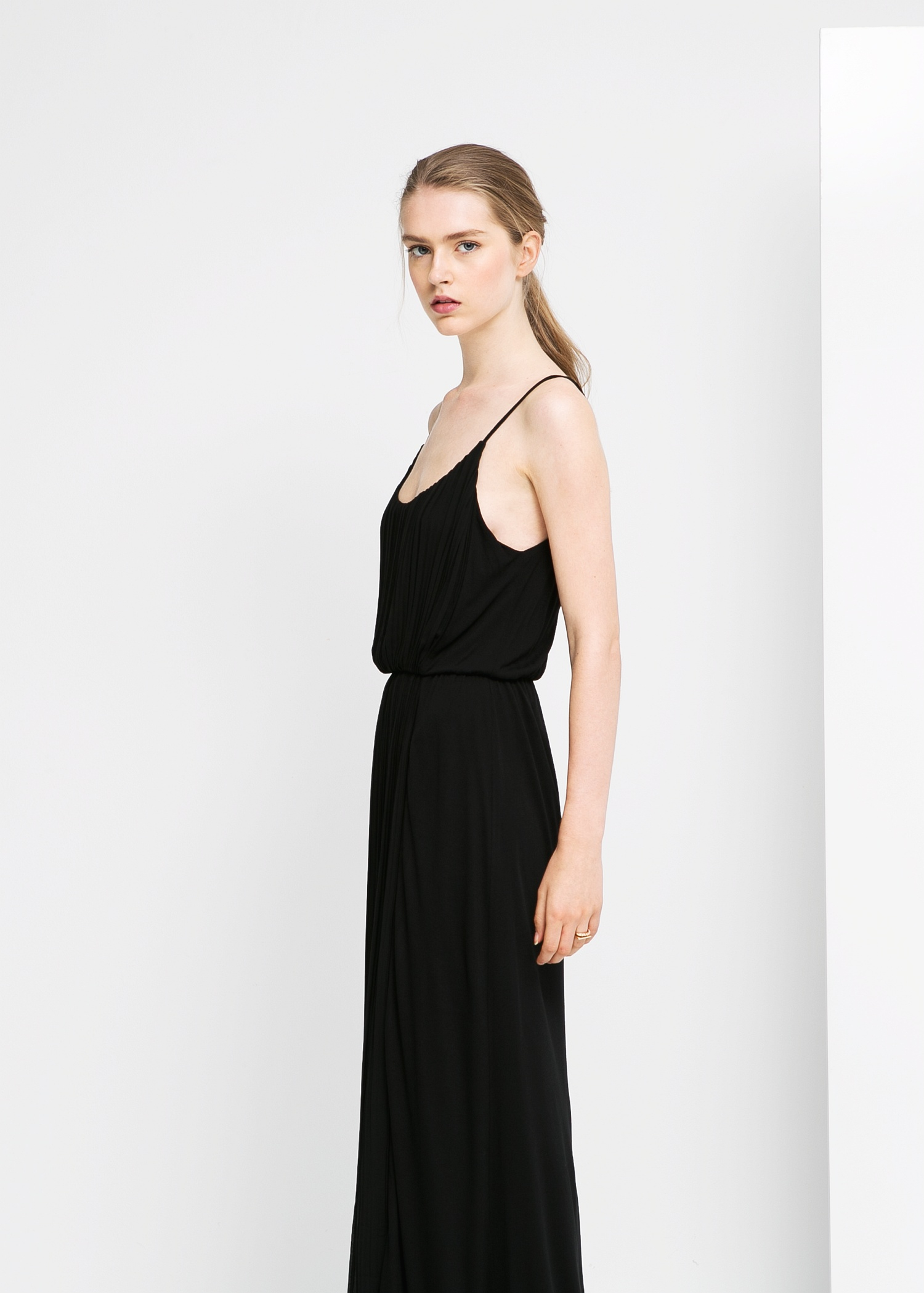 Lyst mango pleated long dress in black gallery ombrellifo Choice Image