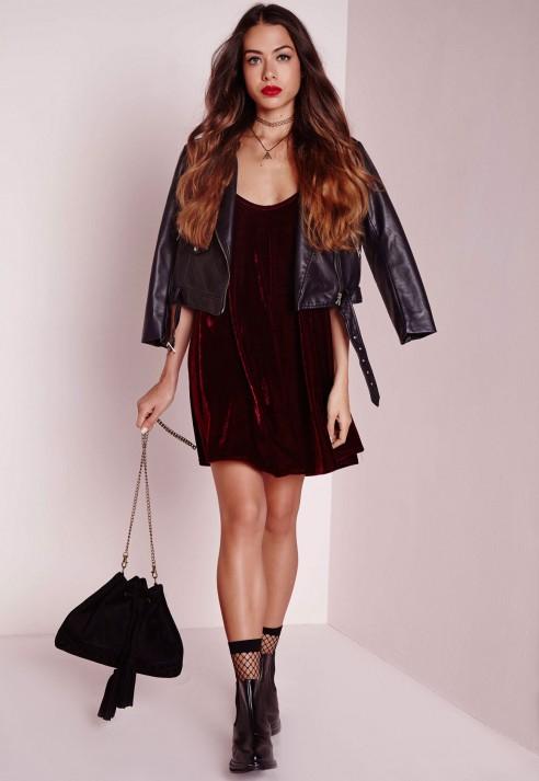 2c88f3ae6093 Missguided Strappy Velvet Swing Dress Burgundy in Black - Lyst