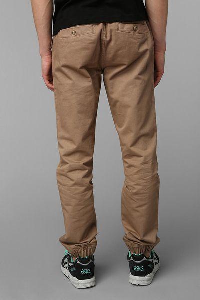 Jogger Pants in Khaki
