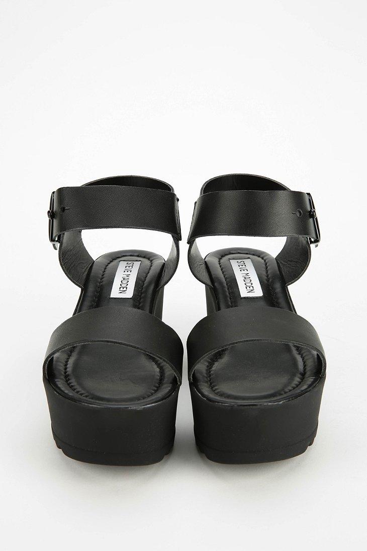 379e6e11a4d Lyst - Steve Madden Surfside Platform Wedge Sandal in Black