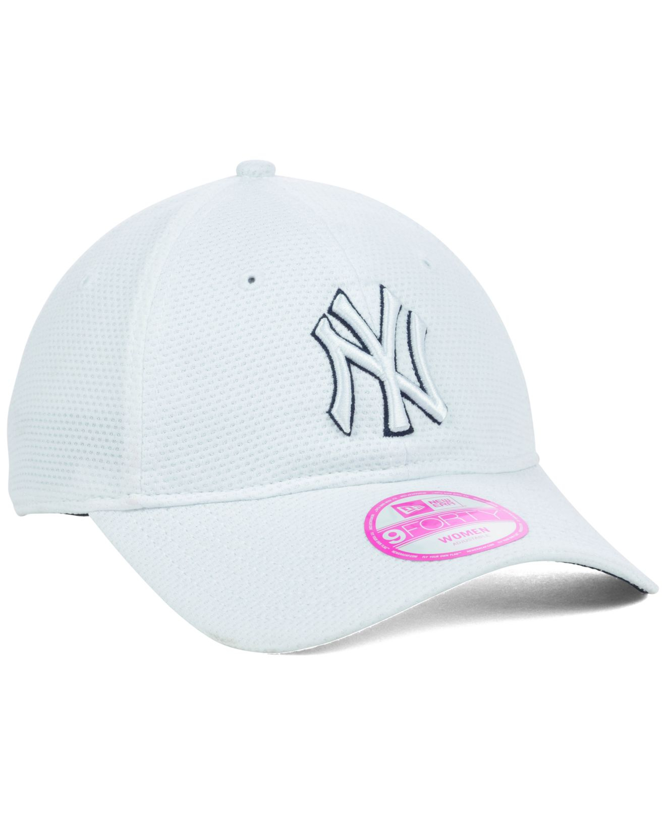 Lyst - KTZ Women S New York Yankees Tech Essential 9Forty Cap in White 67f261a569f