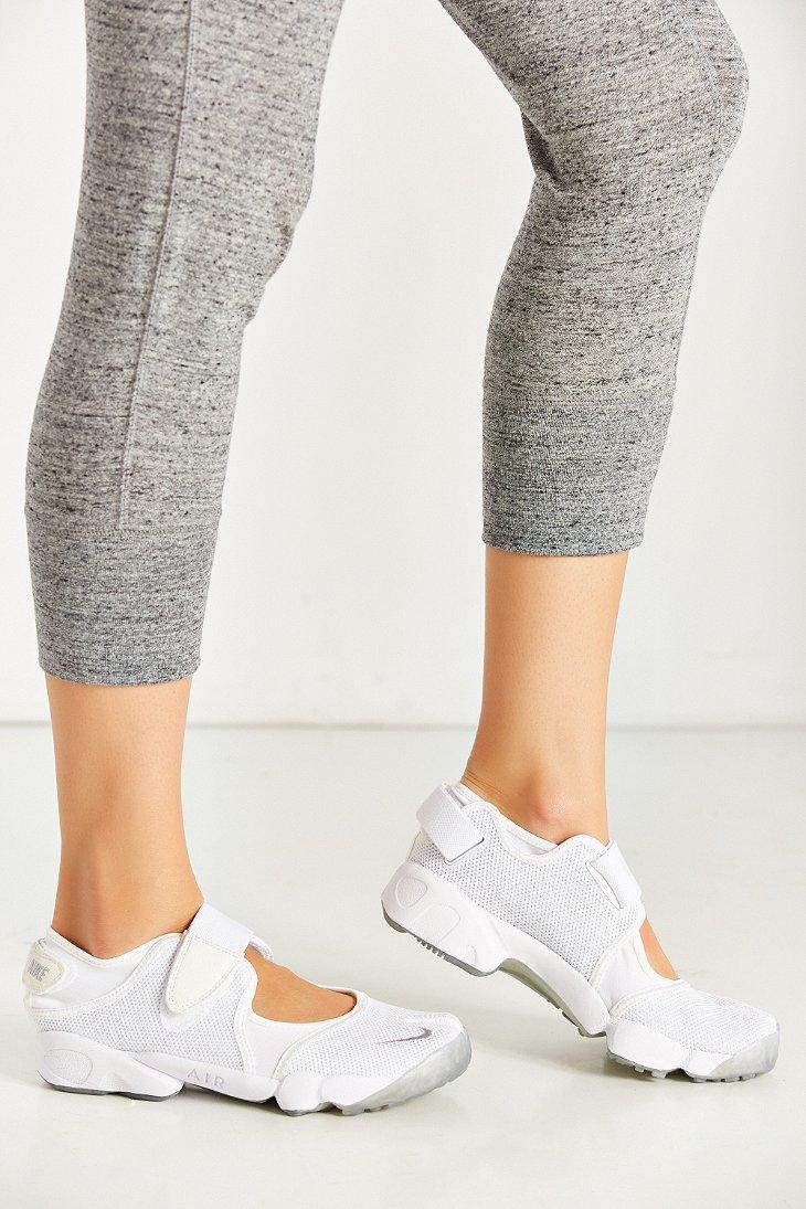 Lyst - Nike Air Rift Running Sneaker in White 359d0f3ee