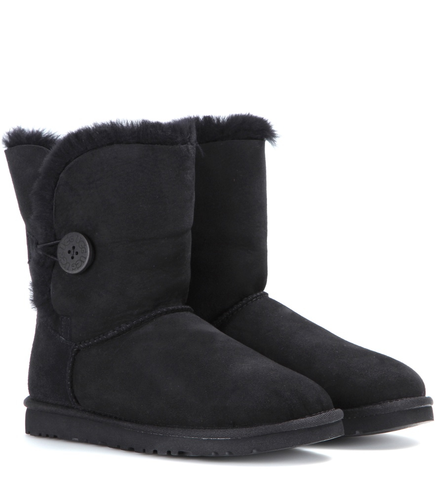 ugg bailey button boots size 8