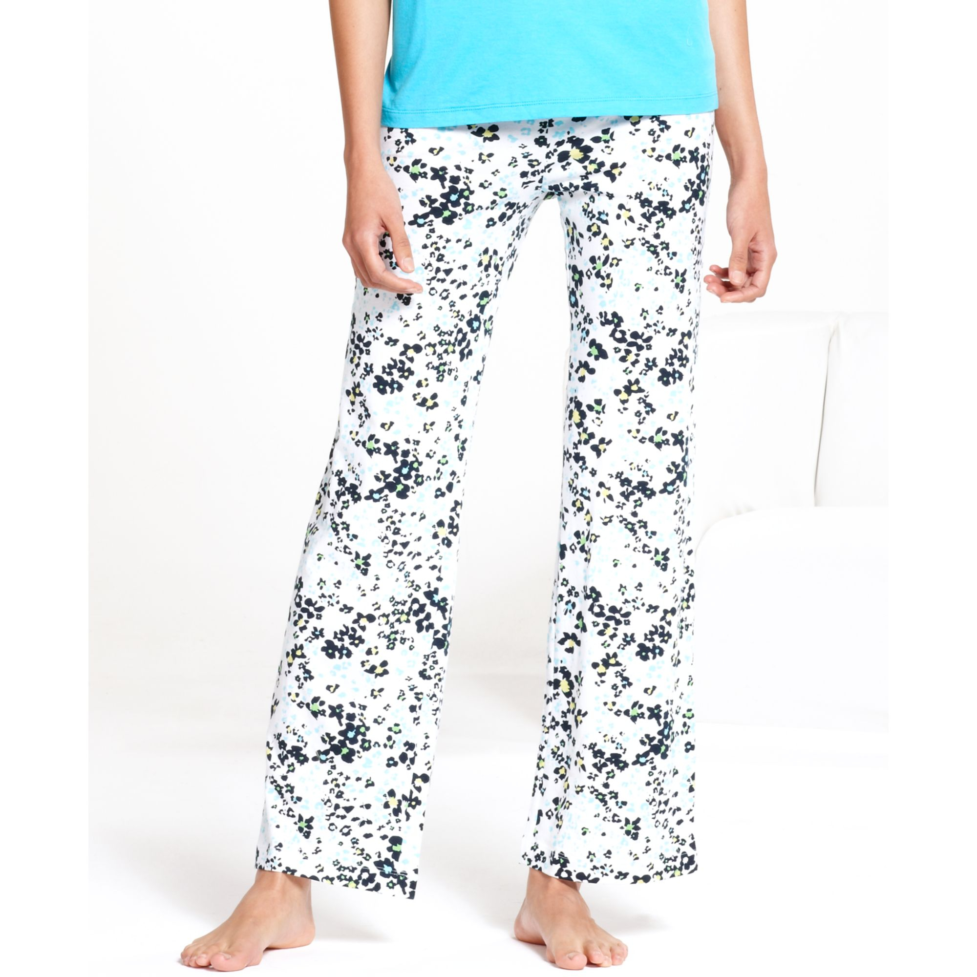 Hue Flower Patch Slim Fit Pajama Pants In White Lyst