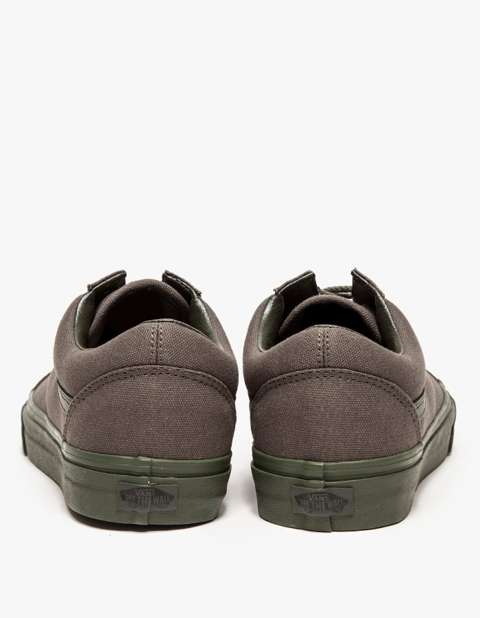 5c37da68bb Gallery. Previously sold at  Need Supply Co. Men s Vans Old Skool ...