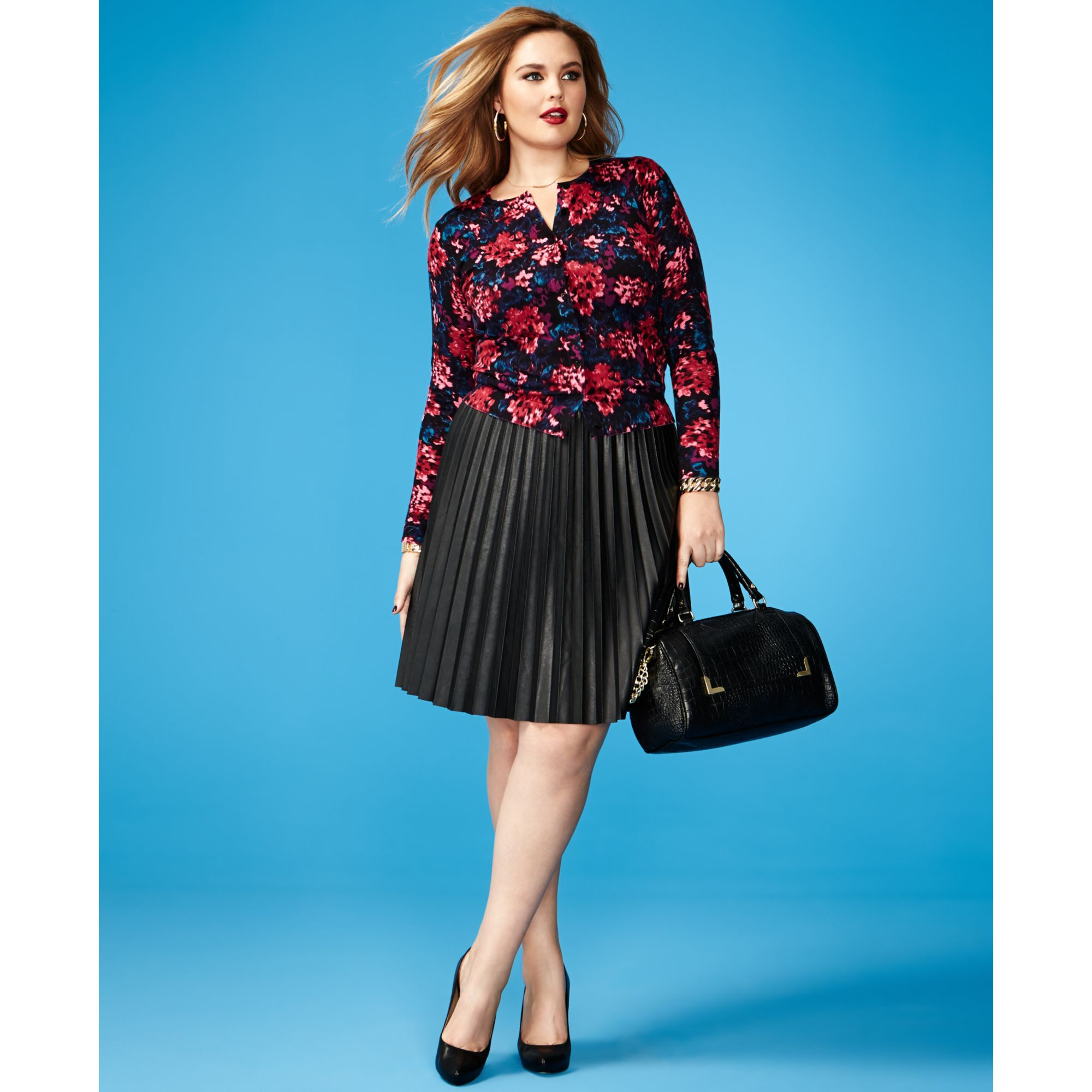 Plus Size Leather Skirt Outfits