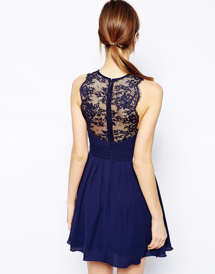 Elise ryan lace skater dress with scallop