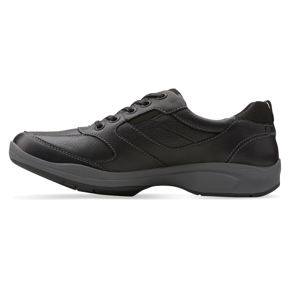 Clarks Men S Wave Korey Fly Leather Lace Up Shoe