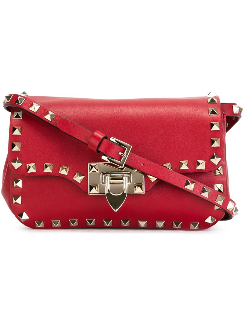 6d057c1a57be Gallery. Previously sold at  Farfetch · Women s Valentino Rockstud Bags ...