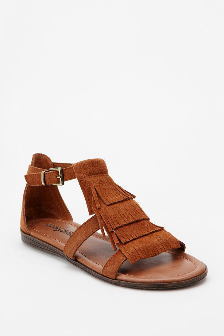 Urban Outfitters Minnetonka Maui Fringe Sandal In Brown Lyst