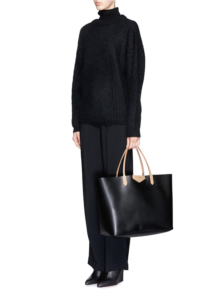 b100c06fe5 Lyst - Givenchy Antigona Leather Tote in Black