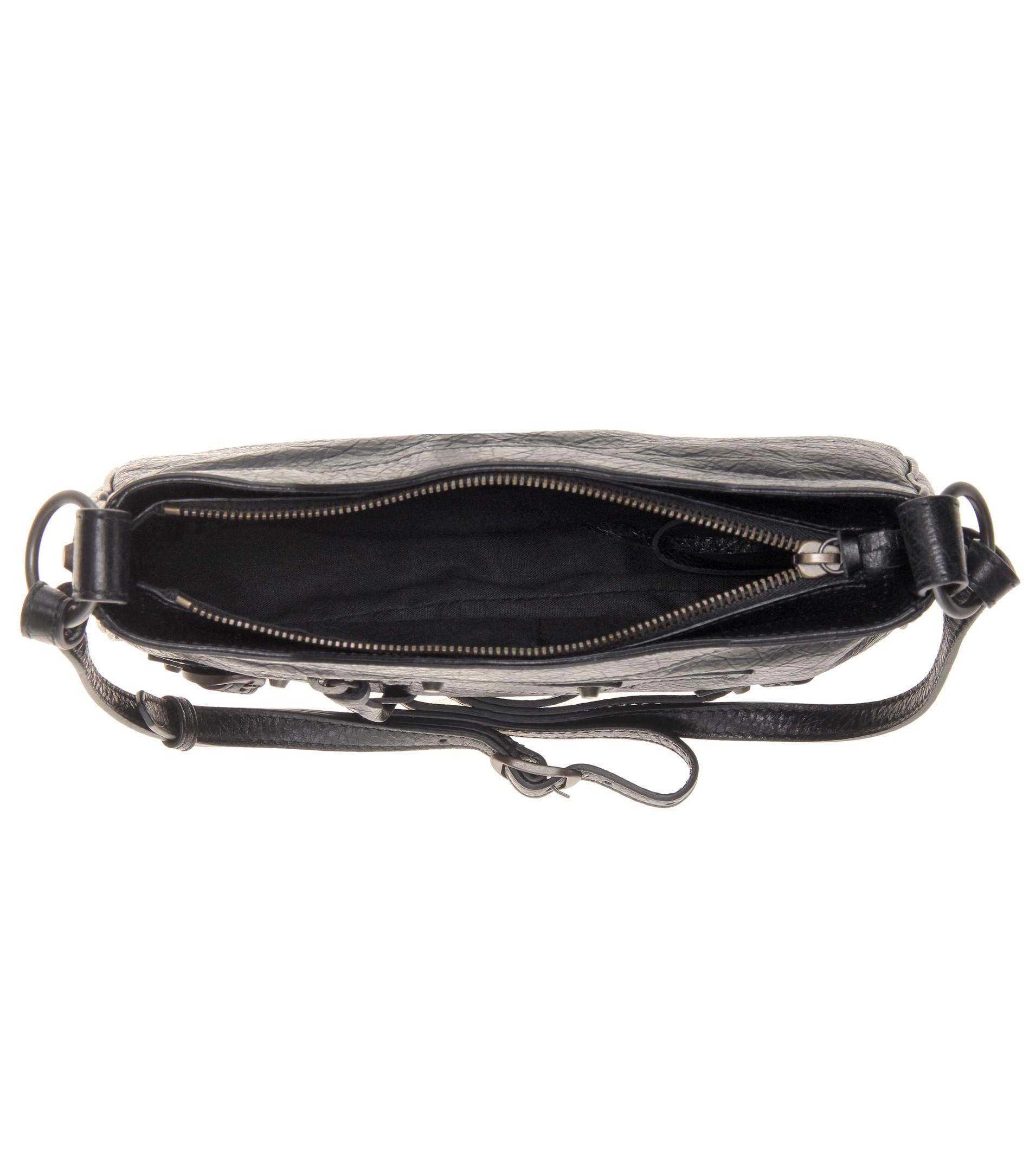 e41df8f79a Balenciaga Classic Hip Leather Shoulder Bag in Black - Lyst