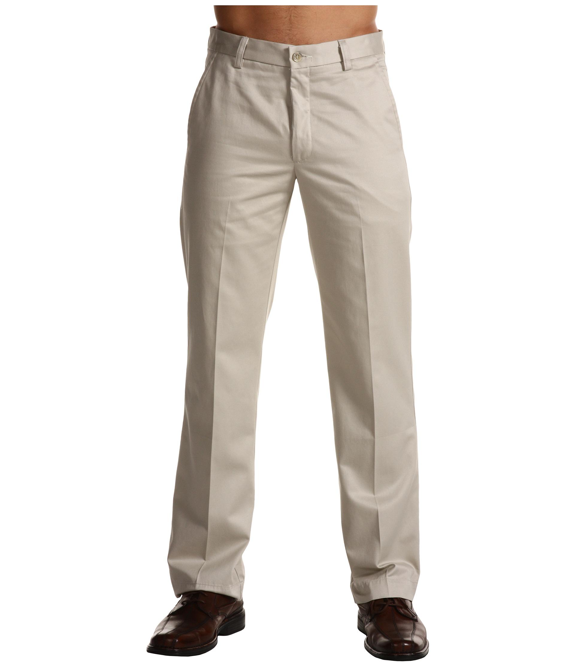 Dockers Signature Khaki D1 Slim Fit Flat Front in Natural
