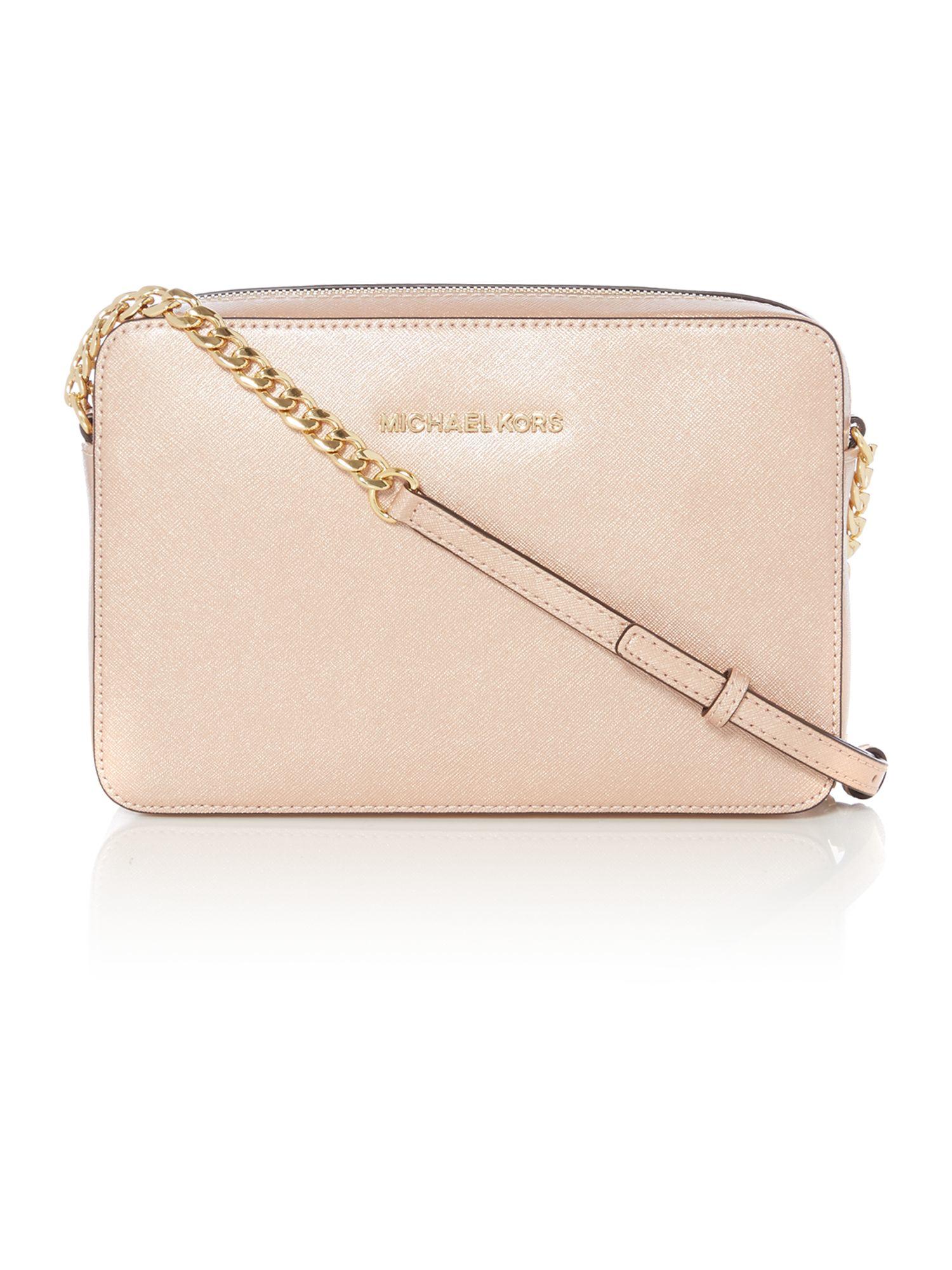 e63229a71add Michael Kors Jetset Travel Pink Metallic Crossbody Bag in Pink - Lyst
