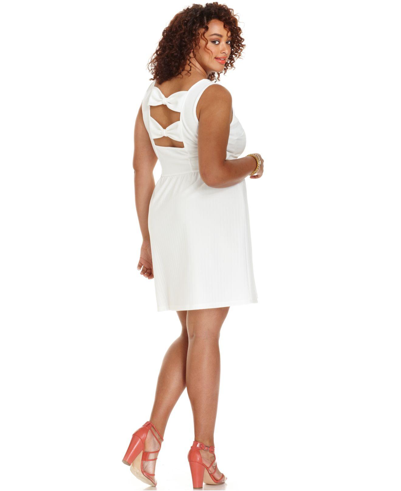 fd1c19a3d1 Lyst - Soprano Plus Size Sleeveless Bowback Skater Dress in White