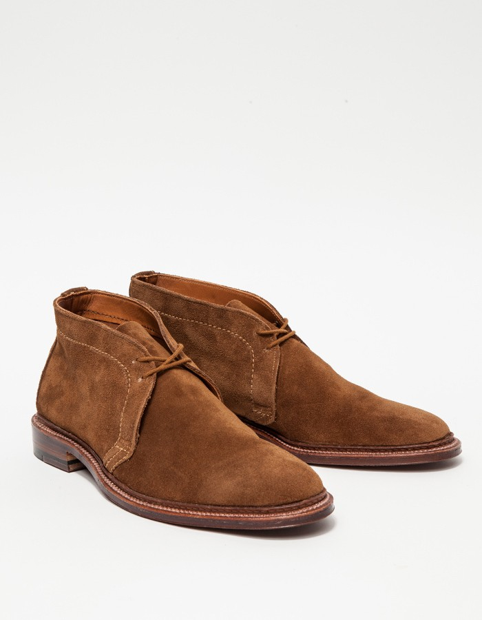 alden snuff suede unlined chukka in gray for lyst