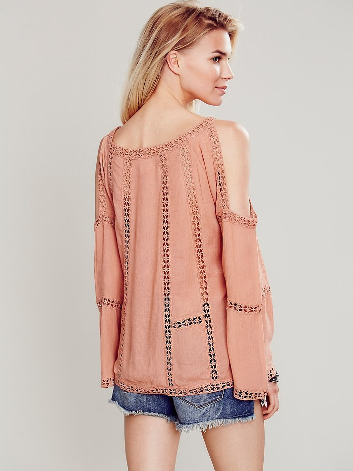 0810cc9c70a Free People Fp One Open Shoulder Top in Pink - Lyst