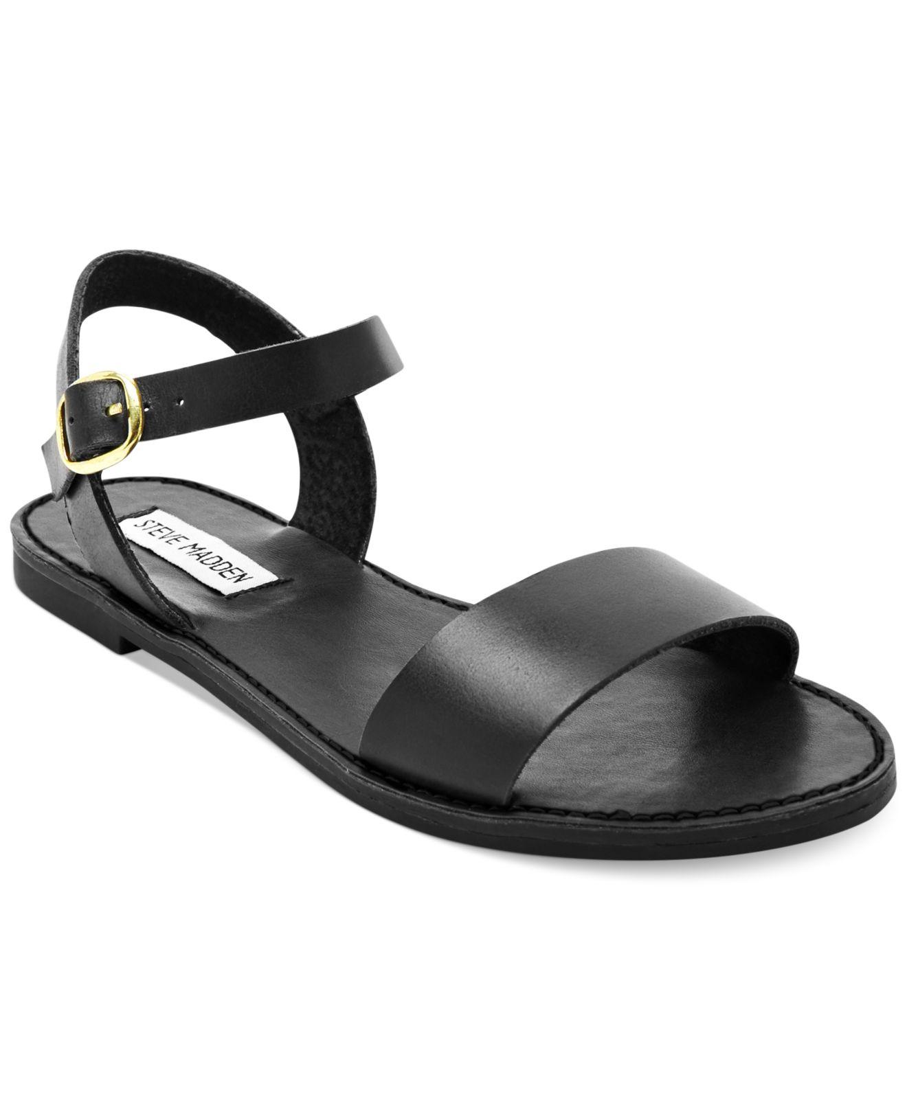 steve madden donddi flat sandals in black lyst. Black Bedroom Furniture Sets. Home Design Ideas