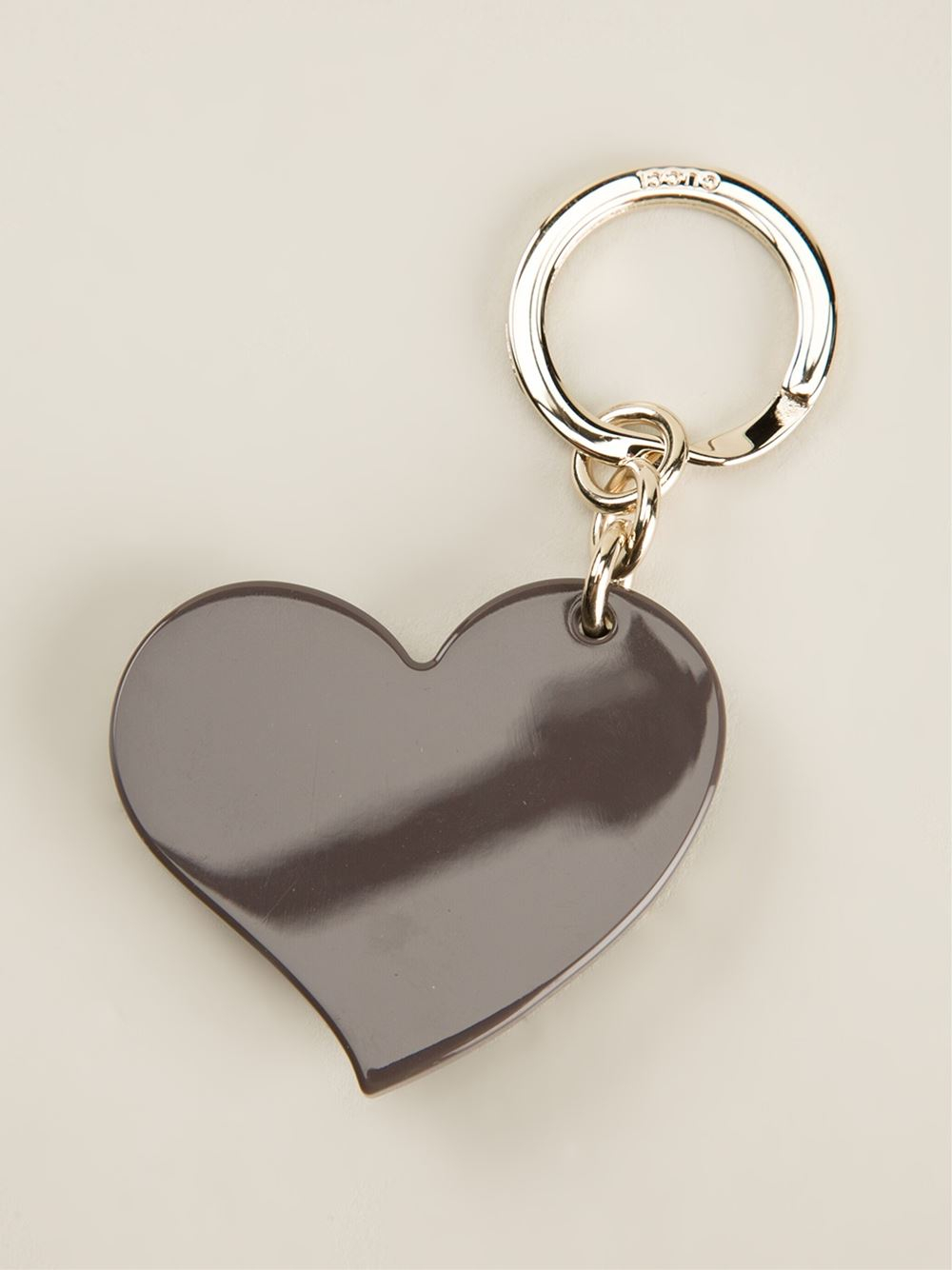 b5a42e54ef4a Lyst - Gucci Heart Shape Keyring in Gray