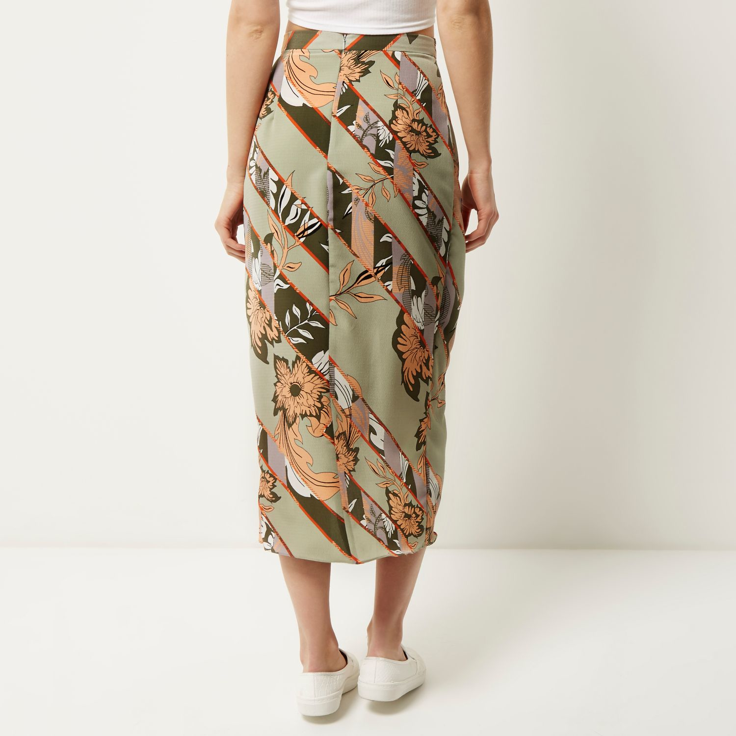 0a01a4162c River Island Grey Floral Print Wrap Midi Skirt in Gray - Lyst