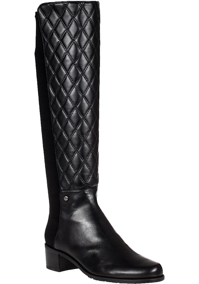 stuart weitzman guard boot black leather in black