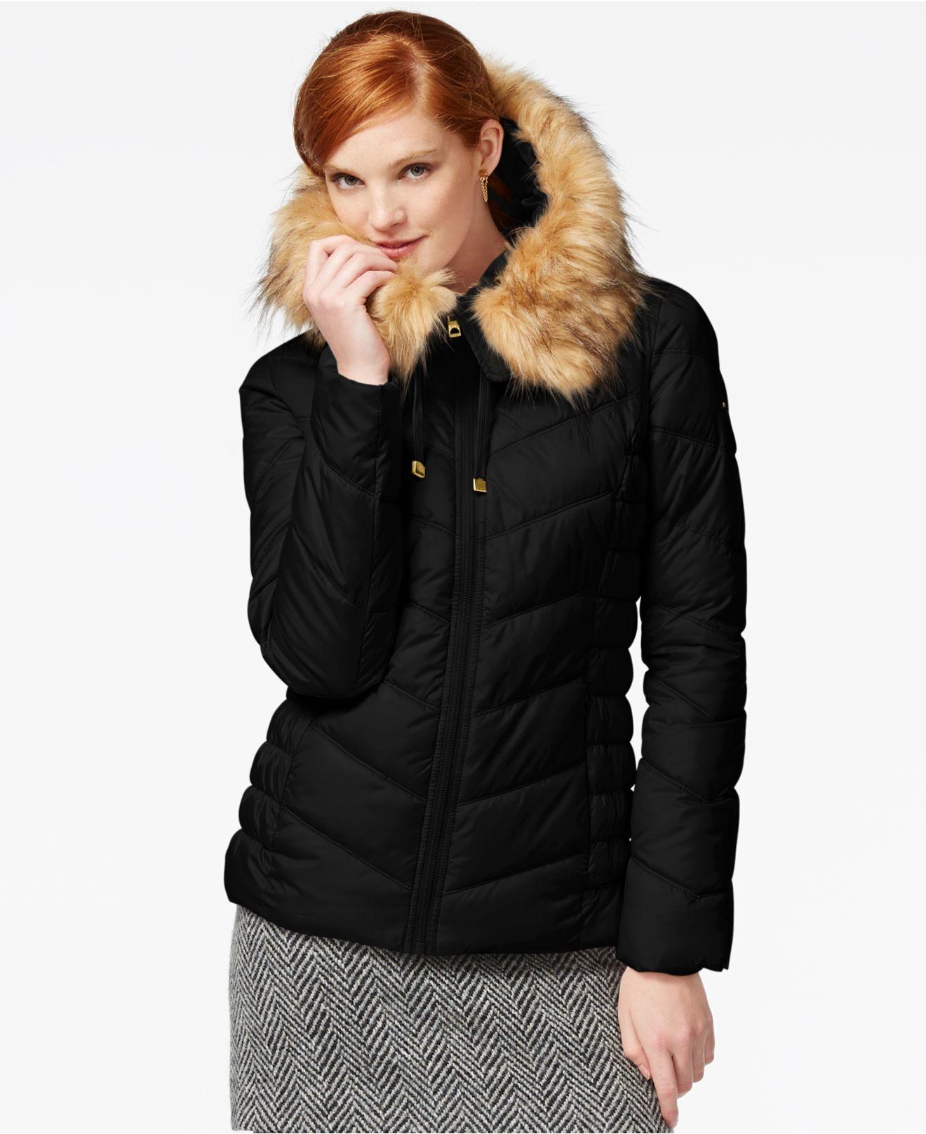 Lyst Guess Faux Fur Trim Hooded Puffer Coat In Black