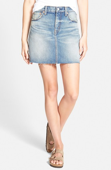 levi s icons cutoff denim skirt in blue light wash lyst